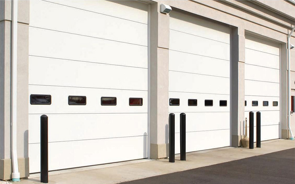 The Doorlink Manufacturing 8000, Featured To The Left, Is A Premium  Aluminum Full View Overhead Door. The 8000 Is The Right Choice When Maximum  Light And ...